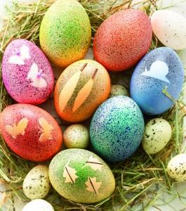 Gesprenkelte Eier zu Ostern