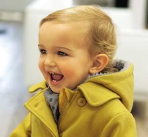 Kleinkind mit gesunden Zähnen