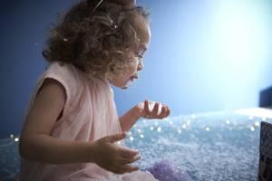 Marie in einer winterlichen Zauberwelt