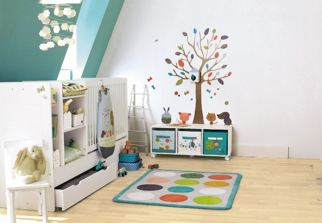 Erstausstattung fürs Babyzimmer mit Möbeln, Deko und Accessoires