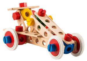 Zusammengesetzte Rennauto aus Holz von Baufix