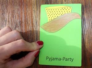 Einladungskarte Pyjamaparty Bettchen